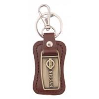 Ключодържател, изработен от кожа с метална пластина - Nissan