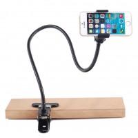 Универсална поставка за телефон, включваща две основи за закрепване - щипка с огъващо рамо и основа с вакуум система
